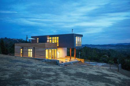 vue de nuit - Cloverdale par Elemental Architecture - Usa - Jaime Kowal Photography