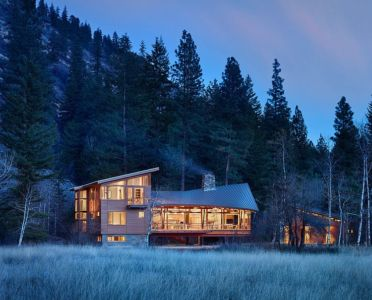 vue de nuit - Mazama House par FINNE Architects - Methow Valley, Usa
