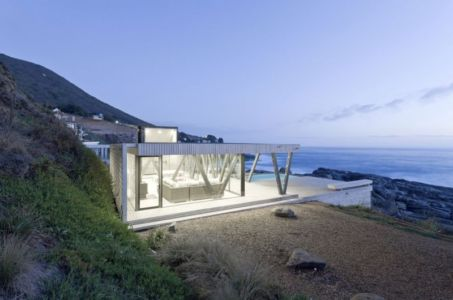 vue de nuit - Rambla House par LAND Arquitectos - Zapallar, Chili