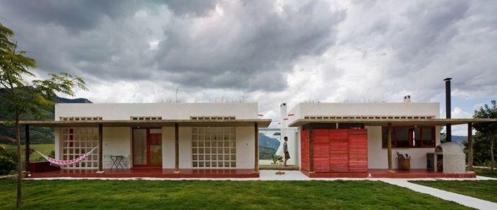 vue d'ensemble - Dom-Vicoso-House par Brasil Arquitetura - Dom Viçoso, Bresil