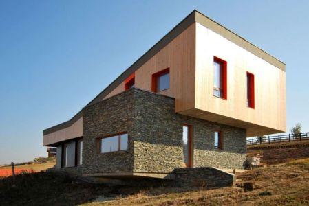 vue d'ensemble - Hajdo-House par Blipsz Architecture - Odorheiu Secuiesc, Roumanie
