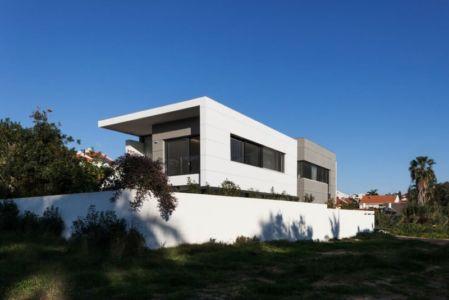 vue d'ensemble - Maison contemporaine béton par Ron Aviv - Tel Aviv, Israël