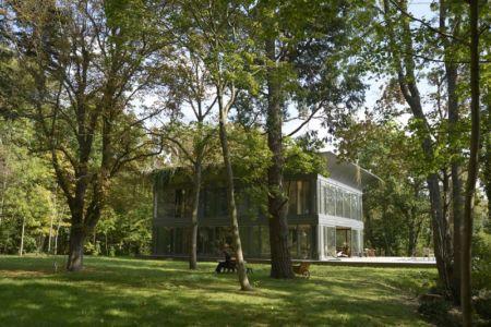 vue d'ensemble - P.A.T.H par Philippe Starck et Riko - Montfort, France