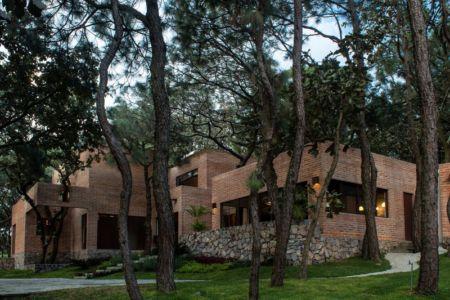 vue d'ensemble - Pinar house par MO+G Taller de arquitectura - Zapopan, Mexique