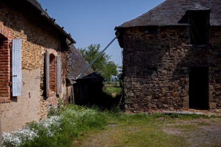 vue d'ensemble bâtiment non rénové - ladaa par JKA Jérémie Koempgen Architecture - Craon, France