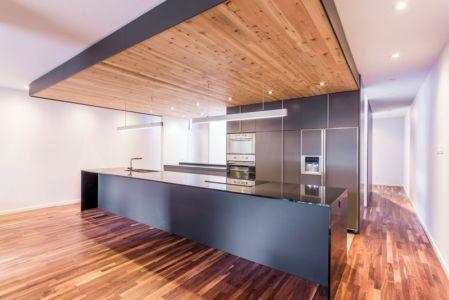 vue d'ensemble cuisine - Résidence Waverly par MU Architecture - Montréal, Canada