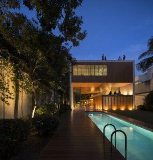 vue d'ensemble de nuit - Tetris House par Studio mk27 - São Paulo, Brésil