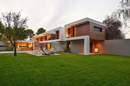 vue d'ensemble extérieure - Maison contemporaine par Hybre-architecte - Gradignan - photo Philippe Caume