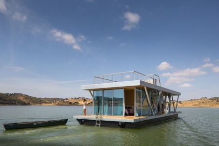 vue d'ensemble - floating-house par Friday - Portugal