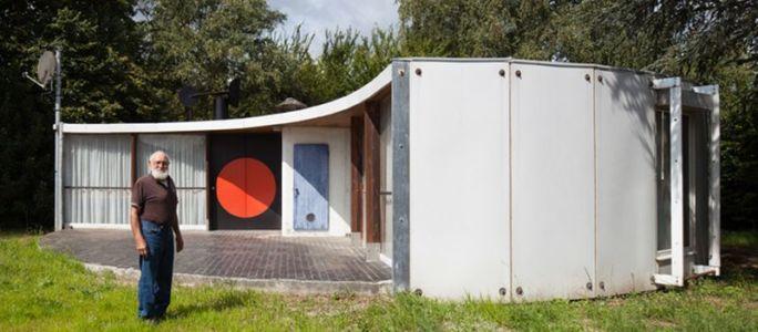vue d'ensemble maison prouvé par Jean Prouvé, France | + d'infos