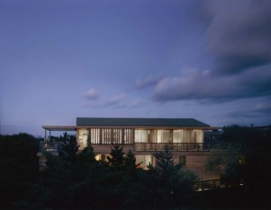 vue d'ensemble de nuit - Fire-Island-House par John Butterworth - New-York, USA