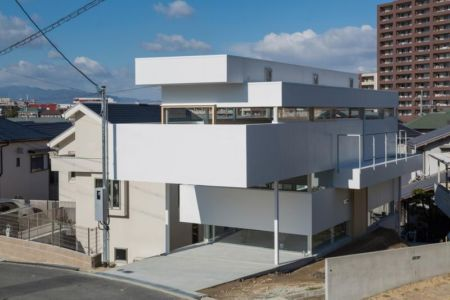 vue d'ensemble site - House-Toyonaka par Tato Architects - Toyonaka, Japon