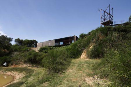 vue d'ensemble site ancienne mine - Sawmill-House par Archier - Yackandandah, Australie