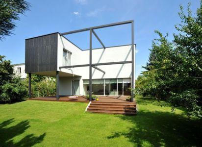 vue extérieure - Black Cube House par KameleonLab - Pologne