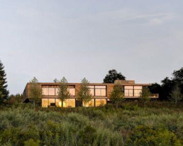 vue extérieure de nuit - Mothersill par Bates Masi Architects - Water Mill, Usa