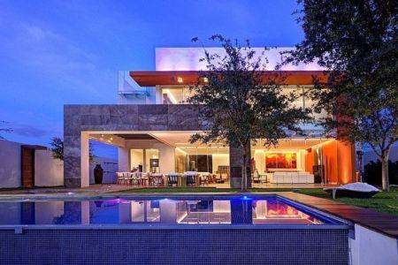 vue extérieure nuit - House-S par Lassala Elenes Arquitectos - Zapopan, Mexique