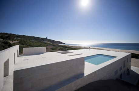 vue extérieure toiture - Casa del Infinito par  Alberto Campo Baeza - Cadix, Espagne - photo Javier Callejas Sevilla
