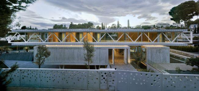 vue façade - Maison 4 en 1 par Clavel Arquitectos - Guadalupe, Espagne - photo David Frutos