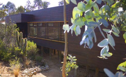 vue façade arrière - Casa Tunquén par CO2 Arquitectos - Vaparaiso, Chili