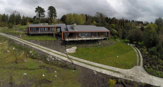 vue façade extérieure - ED House par Eduardo Guzmán Rivera + Juan Carlos Muñoz Del Sante - Chili