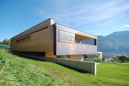 vue façade jardin et arrière - Schaan Residence par K_M Architektur - Liechtenstein