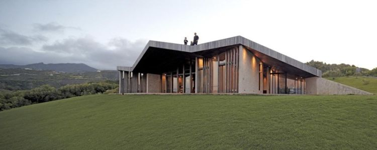 vue façade terrasse - Clifftop House Maui par Dekleva Gregoric Arhitekti - Maui, Hawaï