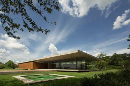 vue façade terrasse - Redux House par Studio mk27 - Brésil
