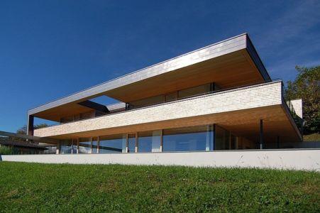 vue façade terrasse - Schaan Residence par K_M Architektur - Liechtenstein