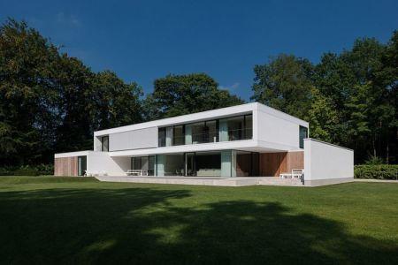 vue jardin - HS Residence par Cubyc Architects - Bruges, Belgique