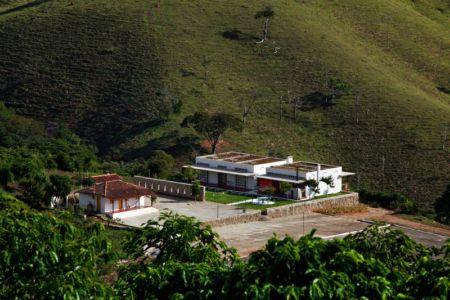 vue panoramique - Dom-Vicoso-House par Brasil Arquitetura - Dom Viçoso, Bresil