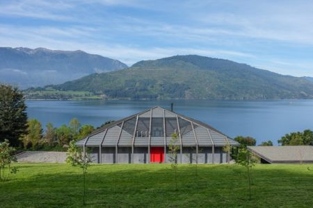 vue panoramique - House in Futrono par Cristián Izquierdo Lehmann - Chili
