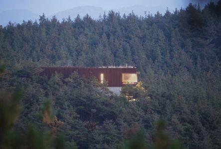 vue panoramique - Hyunam-house par IROJE Architects & Planners - Gunwi-gun, Corée du Sud