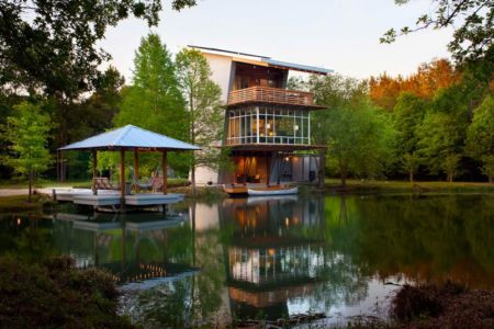 vue panoramique & étang - Pond-House par Holly-Smith-&-Architectes - Louisiane, USA