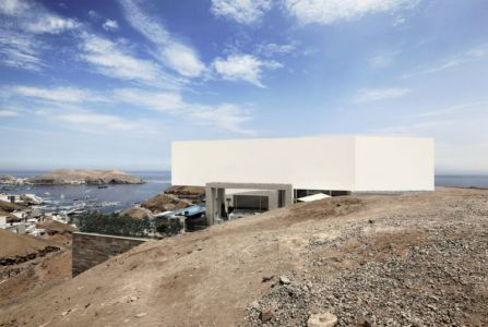 vue panoramique baie - House-Poseidon par Domenack arquitectos - Pucusama, Pérou