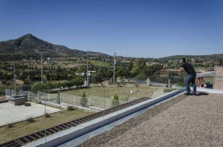 vue panoramique depuis terrasse - La Tomatina House par Plastik Arquitectos - Aguascalientes, Mexique