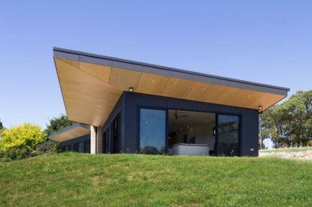 vue panoramique entrée - maison bois contemporaine par Finnis Architectes - Willow Grove, Australie