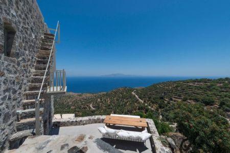 vue panoramique terrasse - Sterna Nisyros par  Giorgos Tsironis - Nisyros en Grèce