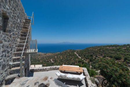 vue panoramique terrasse & paysage - sterna-residence par Giorgos Tsironis and Greg Haji Joannides - Nisyros, Grèce