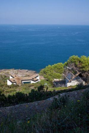 vue panoramique toit terrasse  - Sunflower House par Cadaval & Solà-Morales - Gérone, Espagne