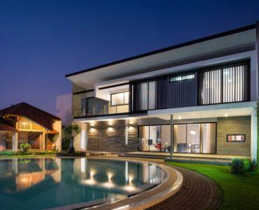 façade terrase de nuit - d-s-house par DP+HS architects - jakarta, Indonesie