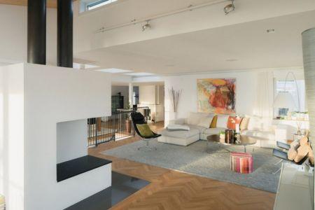 vue salle de séjour - Maison contemporaine scandinave par Boris Culjat - Suède.jpg