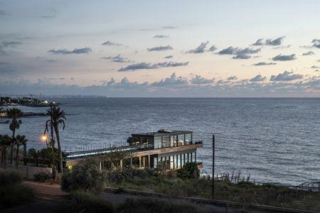 vue sur la mer- Amchit résidence par Blankpage architects -Liban