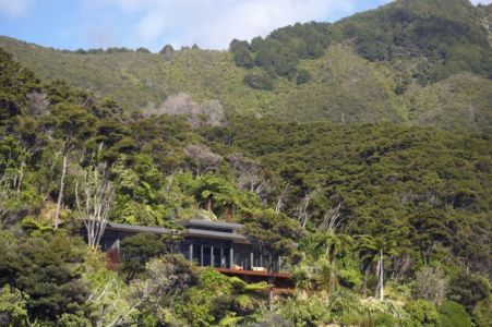 vue trois quart façade - Porotu Bach par studio MWA - Miritu Bay, New Zealand
