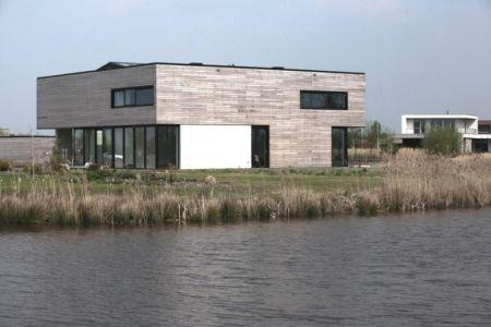 vue trois quart terrasse - Private Villa par Engel Architecten - Blauwestad, Pays-Bas