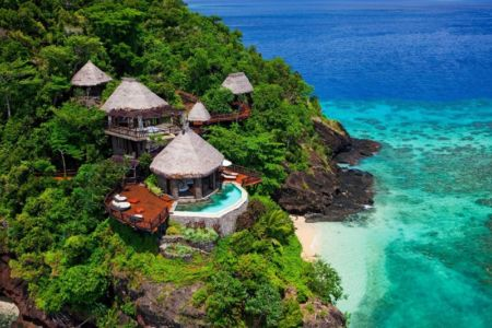 vue panoramique terrasse & bungalows - Laucana Island - Suva, îles Fidji