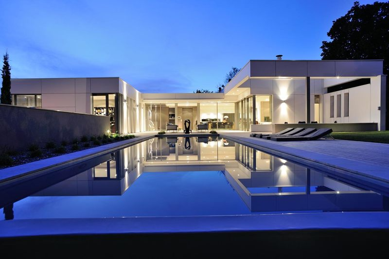 Villa wa par laurent guillaud lozanne st cyr au mont d - Maison en forme de u ...