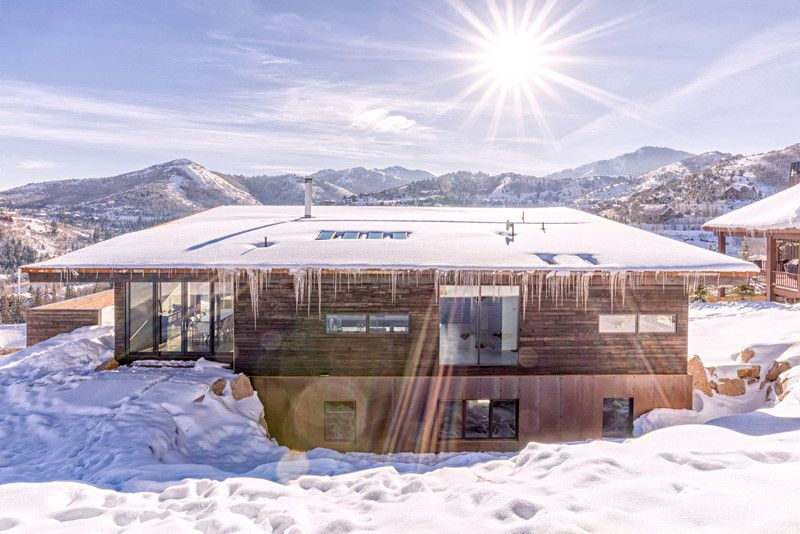 Modernisation du chalet bois traditionnel dans les for Design hotel utah