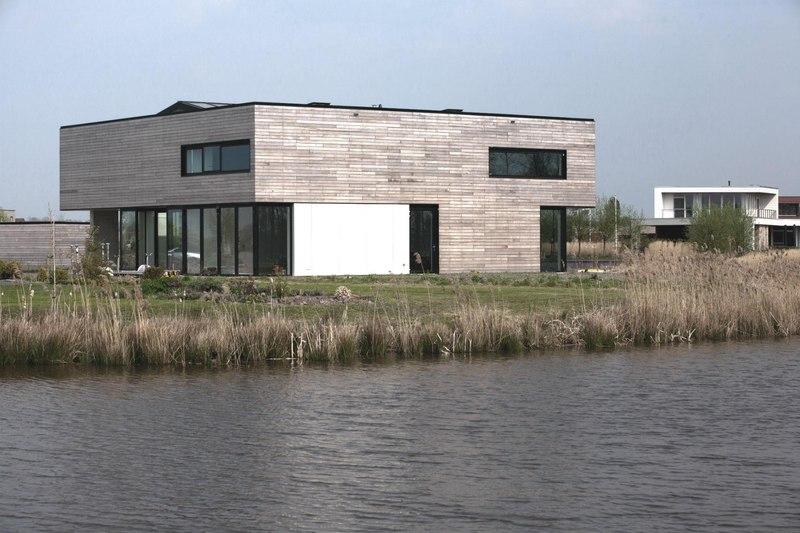 Private villa par engel architecten blauwestad pays bas - Villa nefkens wageningen aux pays bas ...