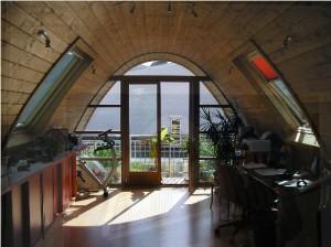 acces-terrasse-depuis-surelevation-surc3a9lc3a9vation-bioclimatique-cros-architecte-montreuil