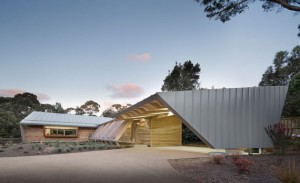 fac3a7ade-avant-somers-house-march-studio-australie2